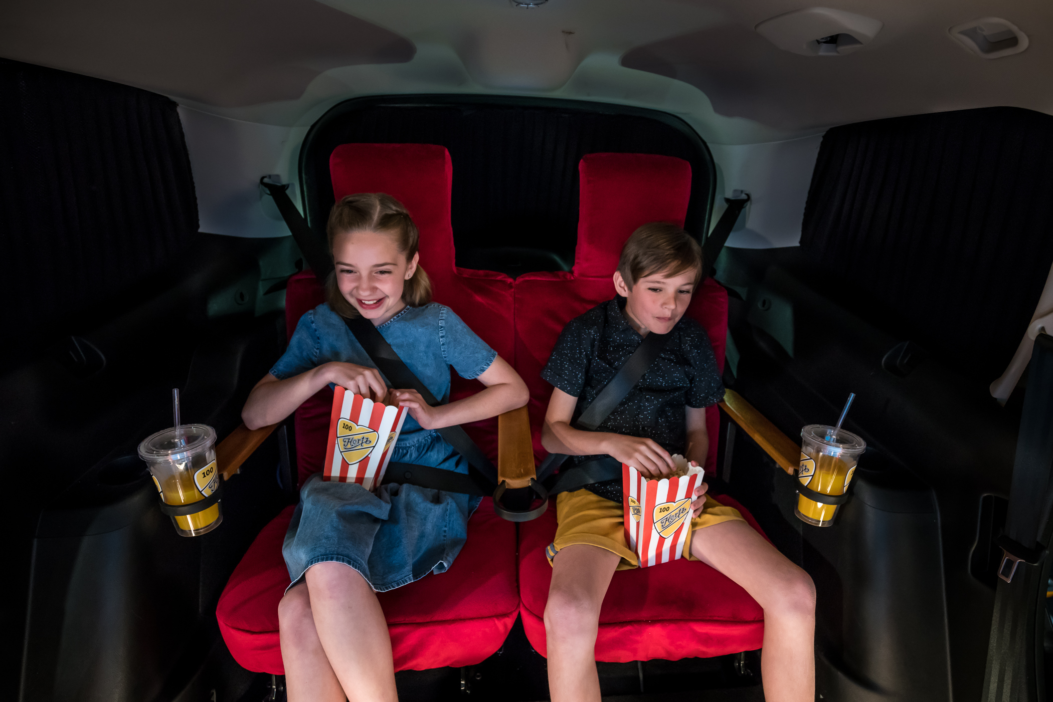 hertz cinema car-01518.jpg