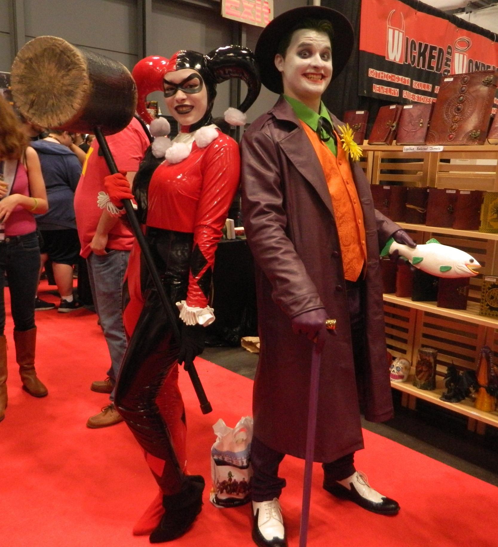 Cosplay Joker and Harley Quinn