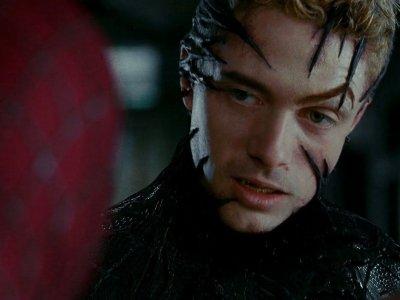Topher Grace: Venom 07'
