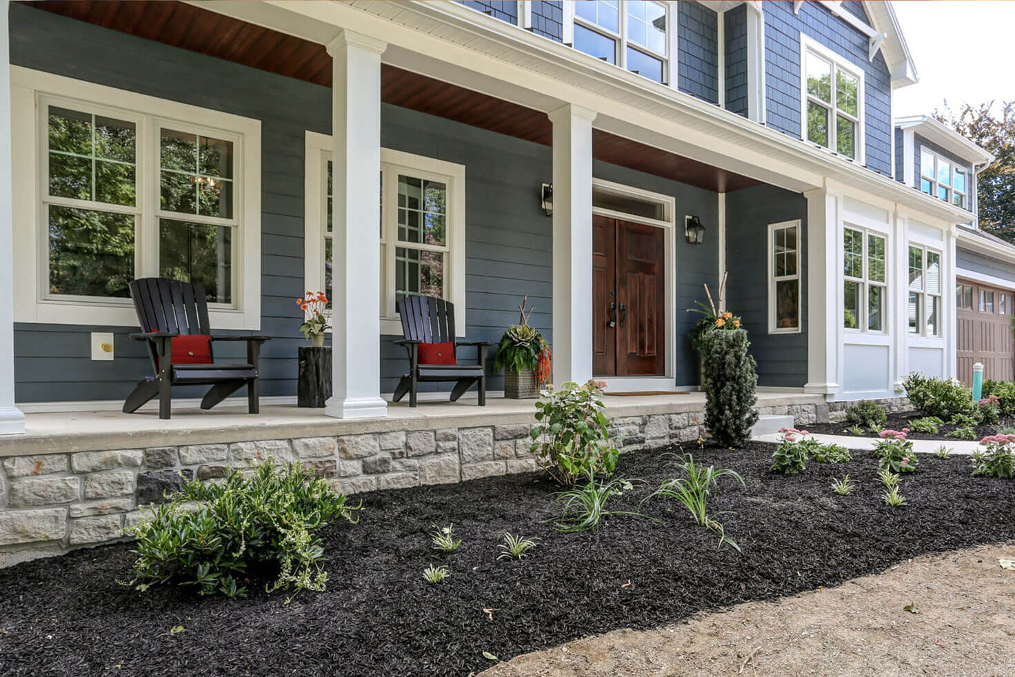 STEP NINELandscaping & Driveway - Groom the exterior. A well-landscaped home & proper driveway add a valuable level of polish to your custom home. We help you to reduce maintenance effort and costs in the long run.