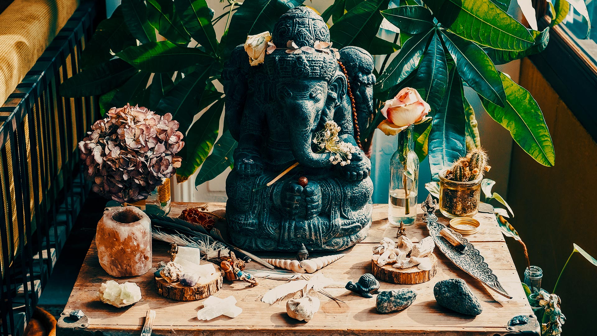 Sacred Statues - In The Conscious Club you find many different religious statues from Hinduism, Buddhism and Shamanism. We display them for protection and the clearing of the path to enlightenment.
