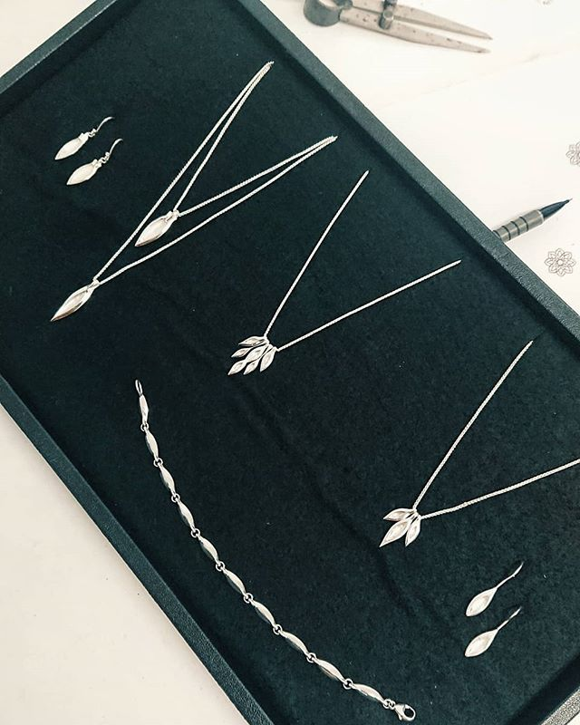 The pod collection is back 💜 Available soon on the website @ www.feinjewellery.com - link in bio ❇️ - - - - - - - - - - #silverjewellery #handcrafted  #necklaces #bracelets #earrings #britishmade #africaninspiredart #southafrica #jewelrylovers #jewelrygifts #jewelryfashion #jewelleryofig #jewelryboutique #jewelrylover #jewelrydesign #leaves #plantjewellery #delicate #pretty #musthave #style #tassles