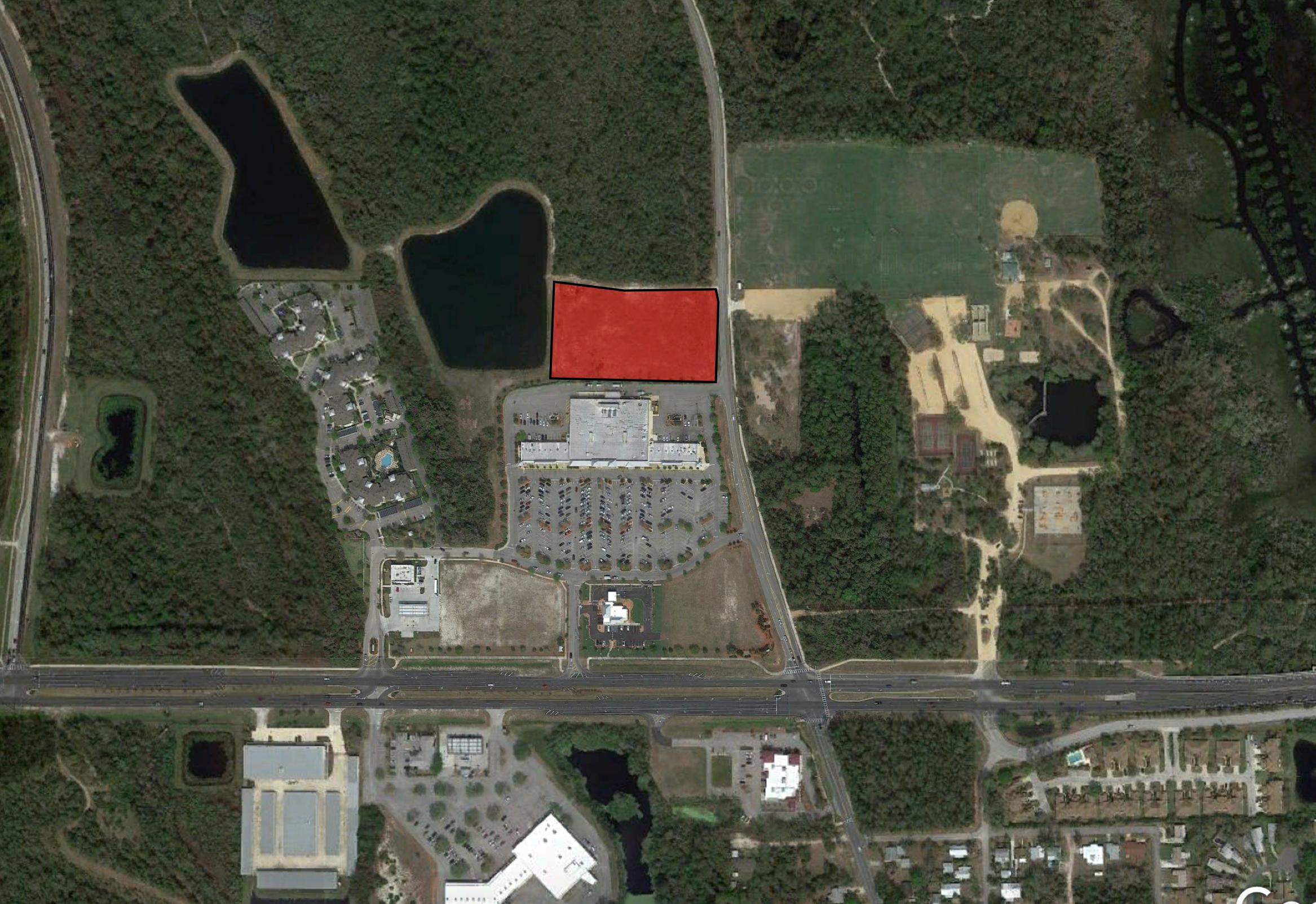 Publix Center Commercial Lot - Size: 3+/- Net Acres Zoning: COM-2Price: $440,000