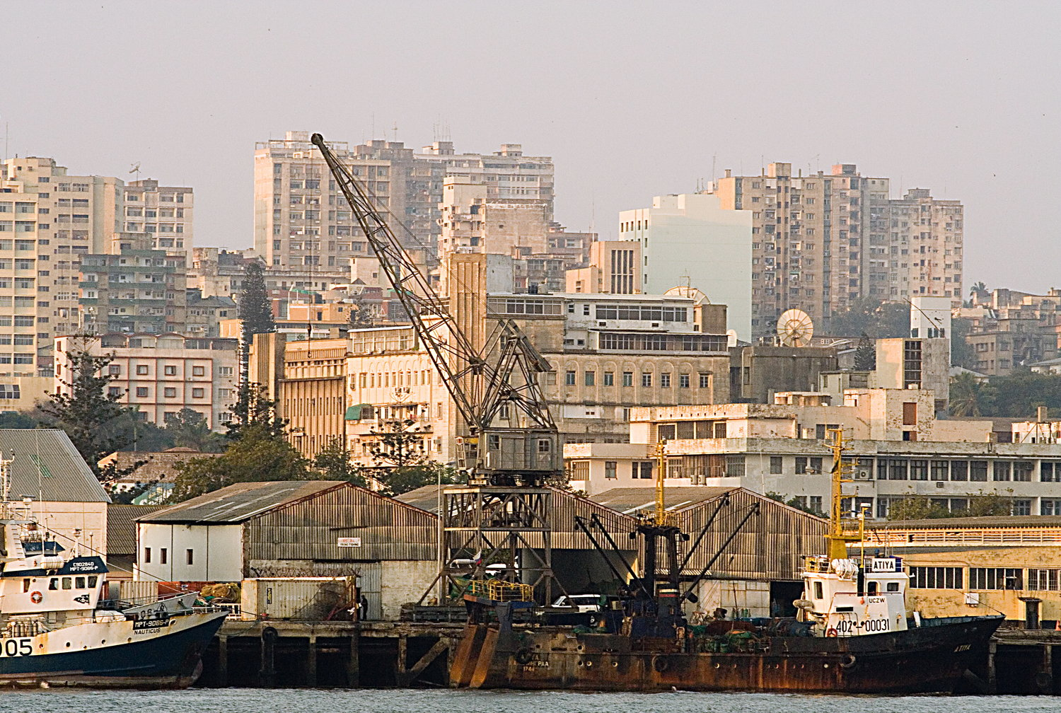 Port in Maputo, the Capital of Mozambique. Site: Wikipedia