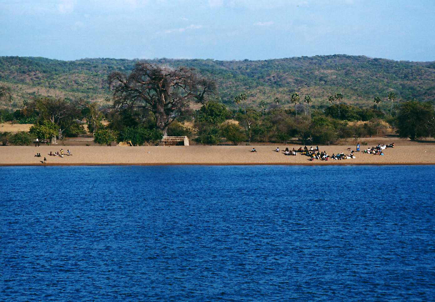 Coast of Lake Malawi on the Mozambican side. Source: Wikimedia Commons