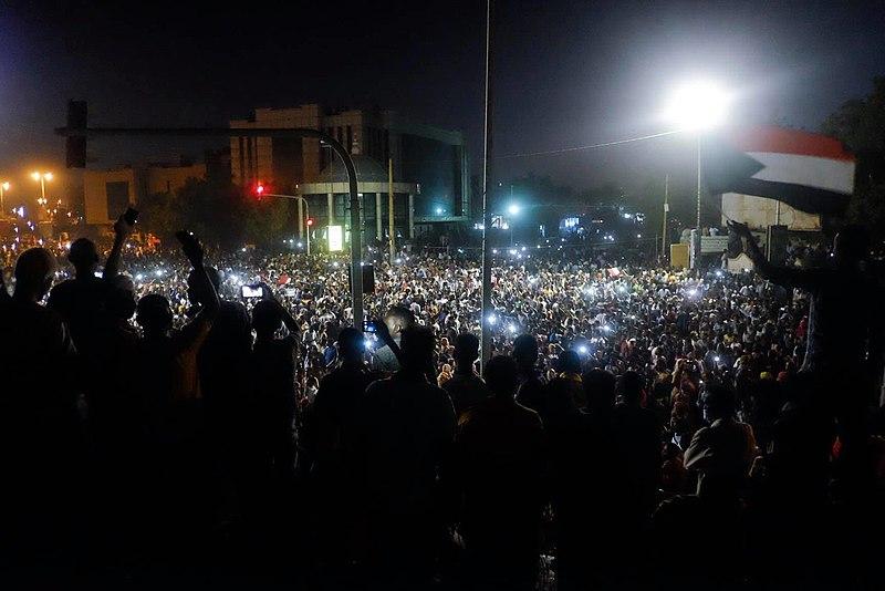 Protestors in Khartoum. Site: Wikimedia Commons