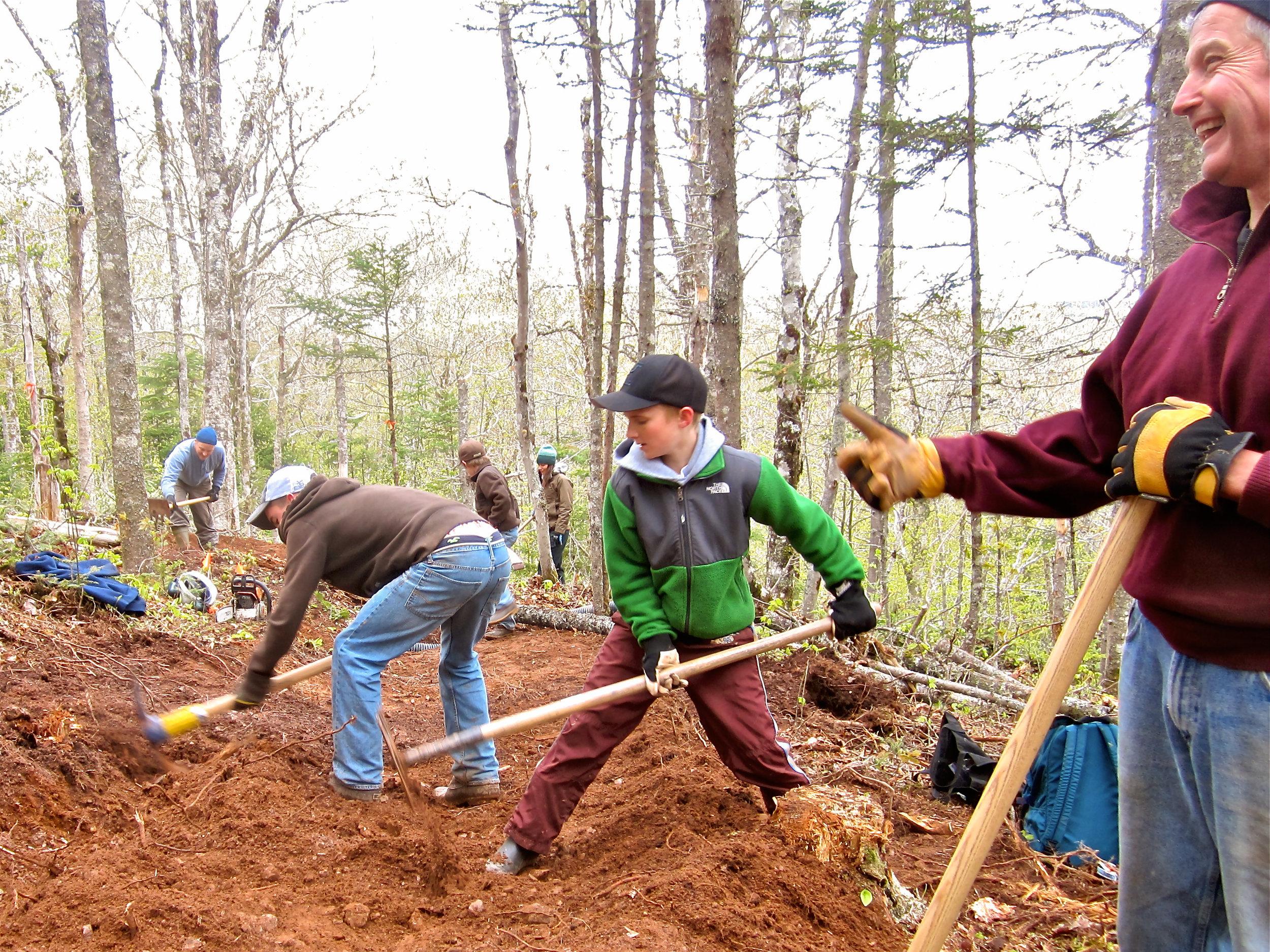 Keppoch-Volunteers-trails-1.jpg