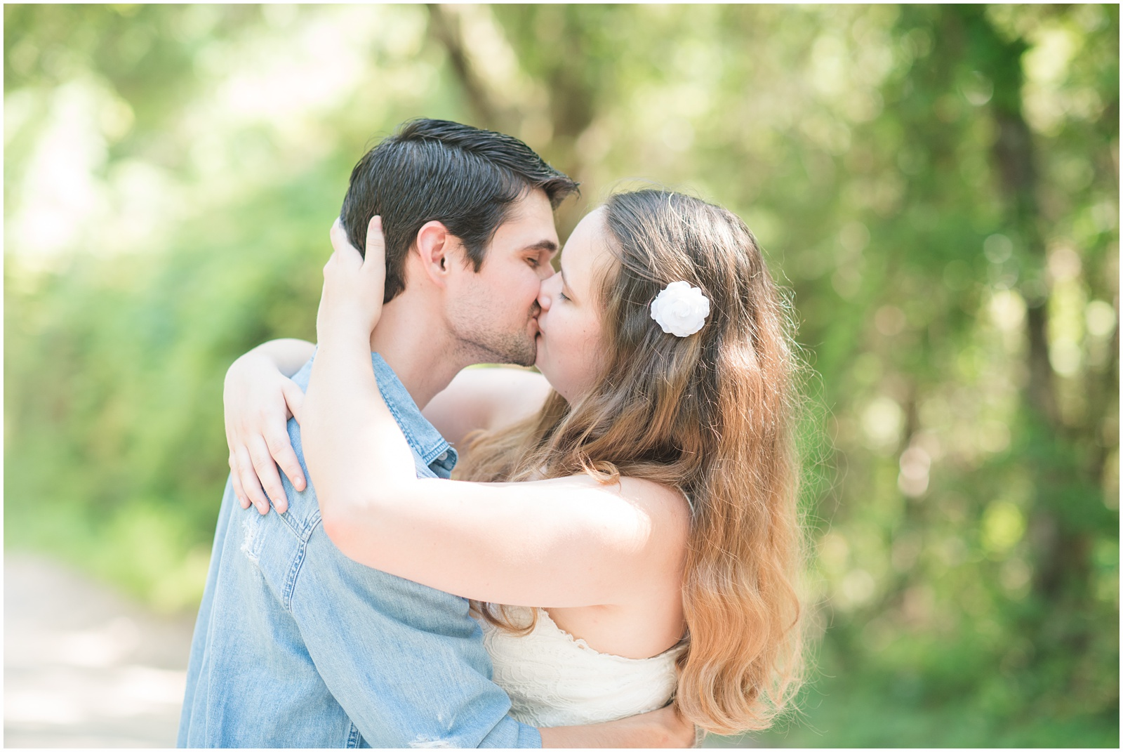 Fort White_Florida_Outdoor_Engagement_Portraits_21.jpg