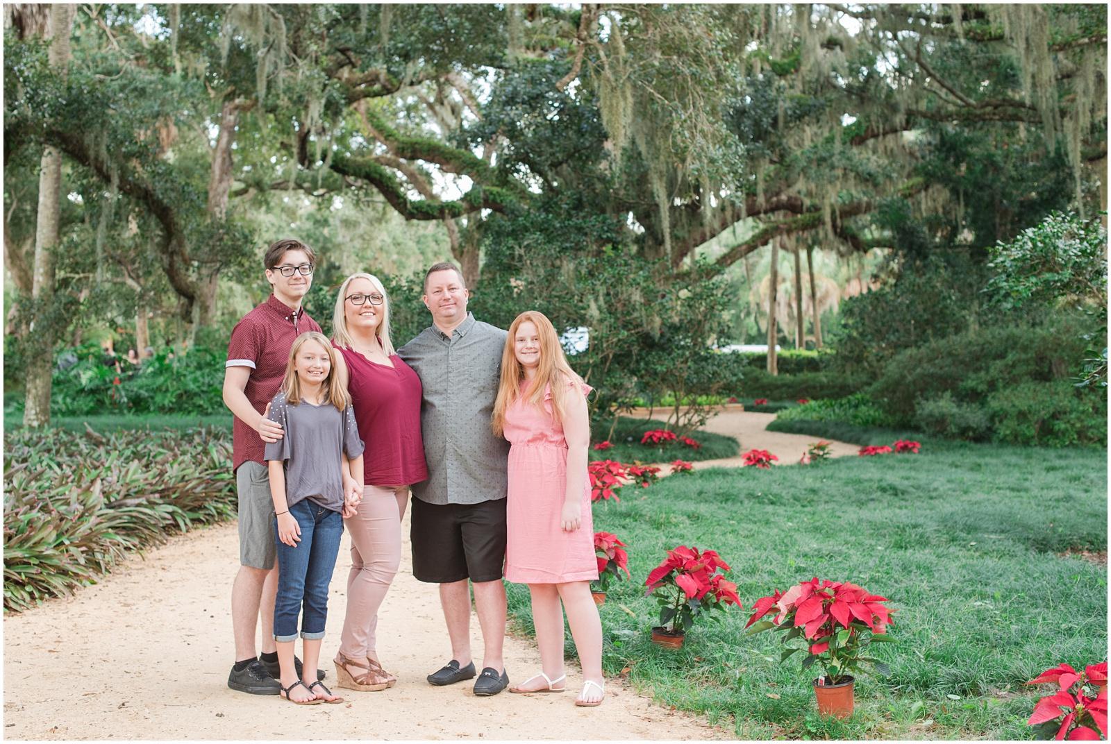 Washington Oaks_Garden_State Park_Beach_Family_Portraits_1.jpg