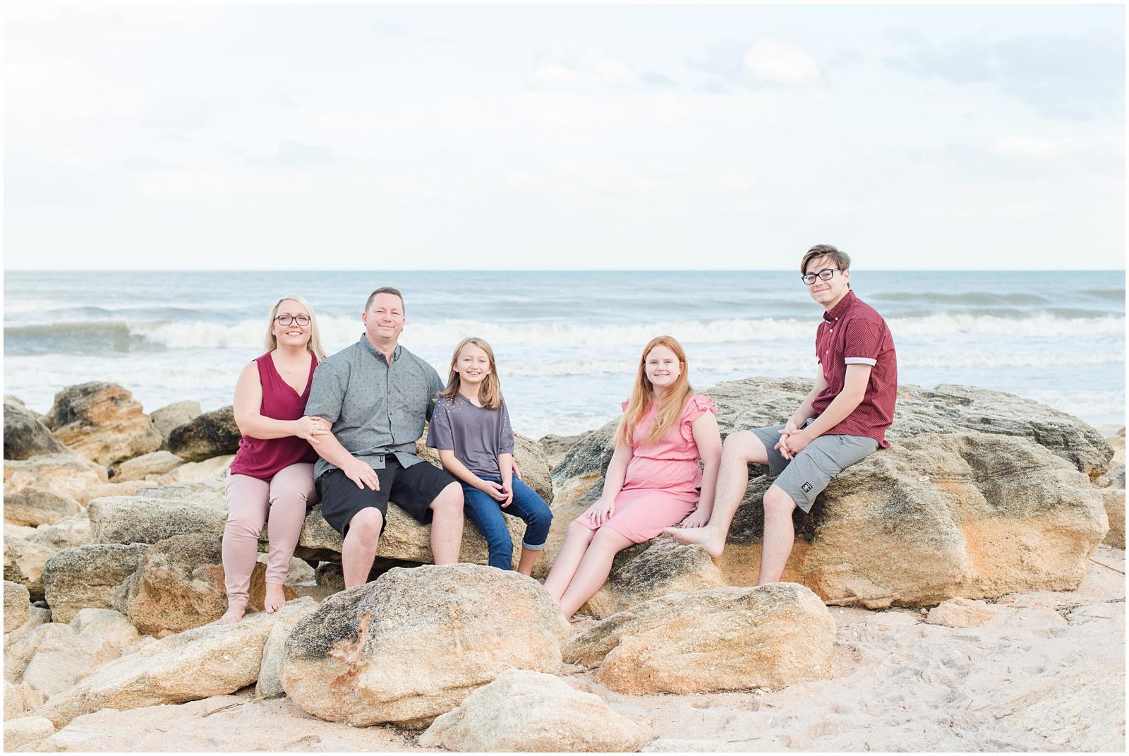 Washington Oaks_Garden_State Park_Beach_Family_Portraits_10.jpg