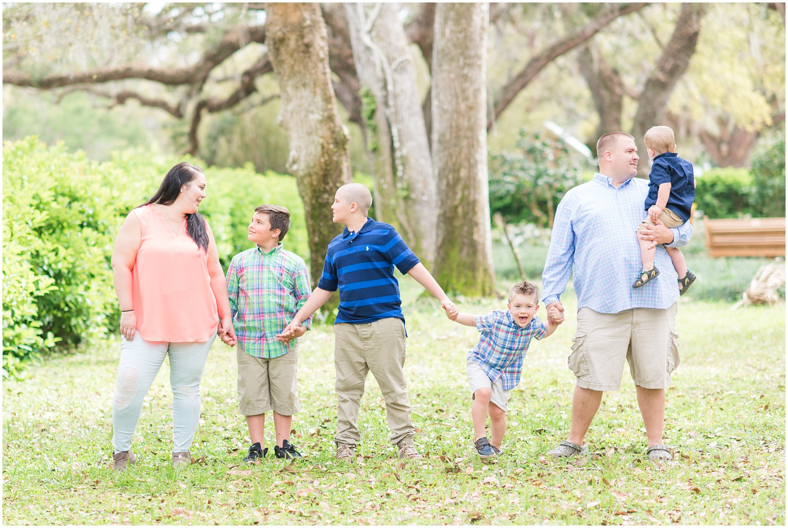 Washington Oaks_Garden_State Park_Family_Portraits_7.jpg