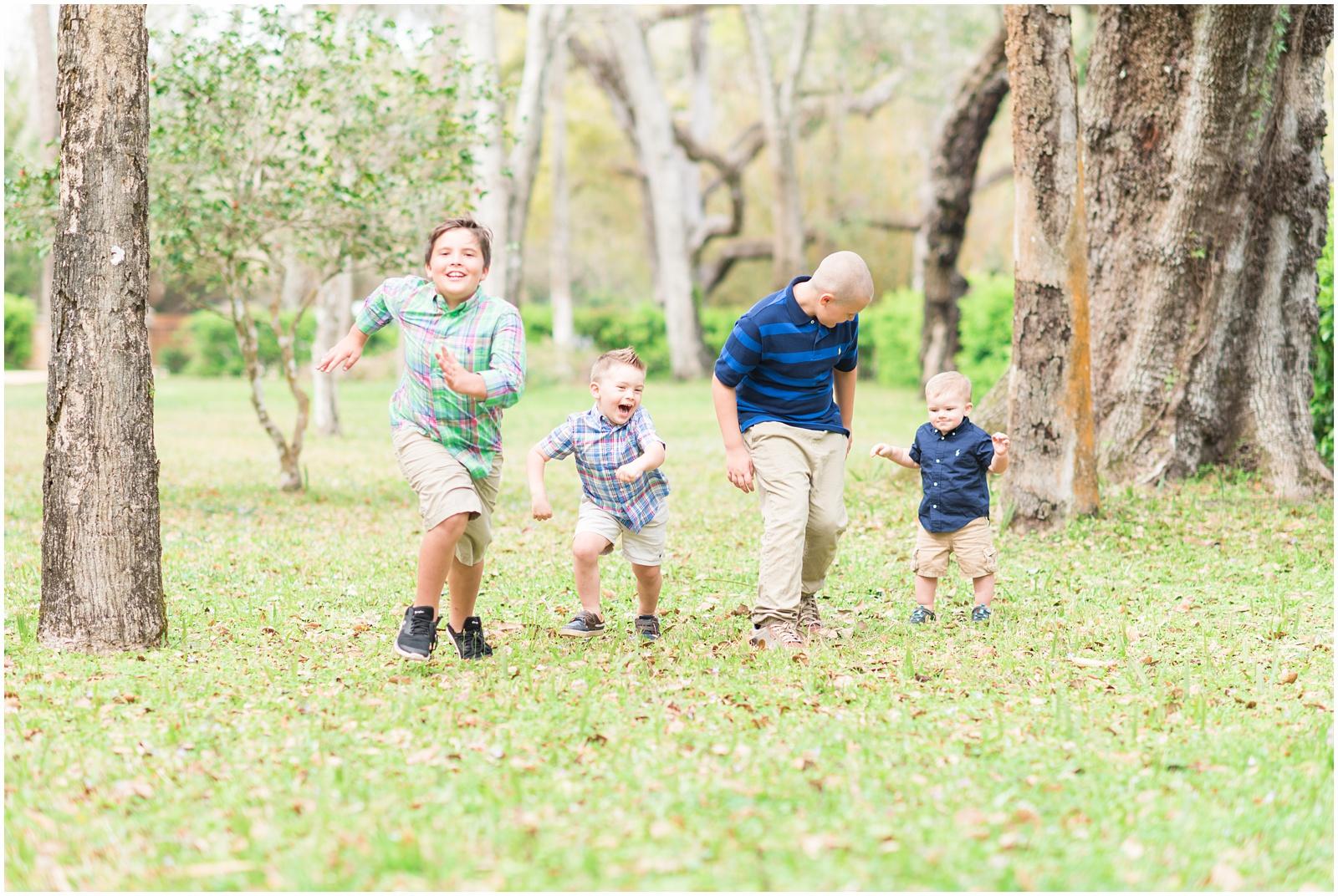Washington Oaks_Garden_State Park_Family_Portraits_6.jpg