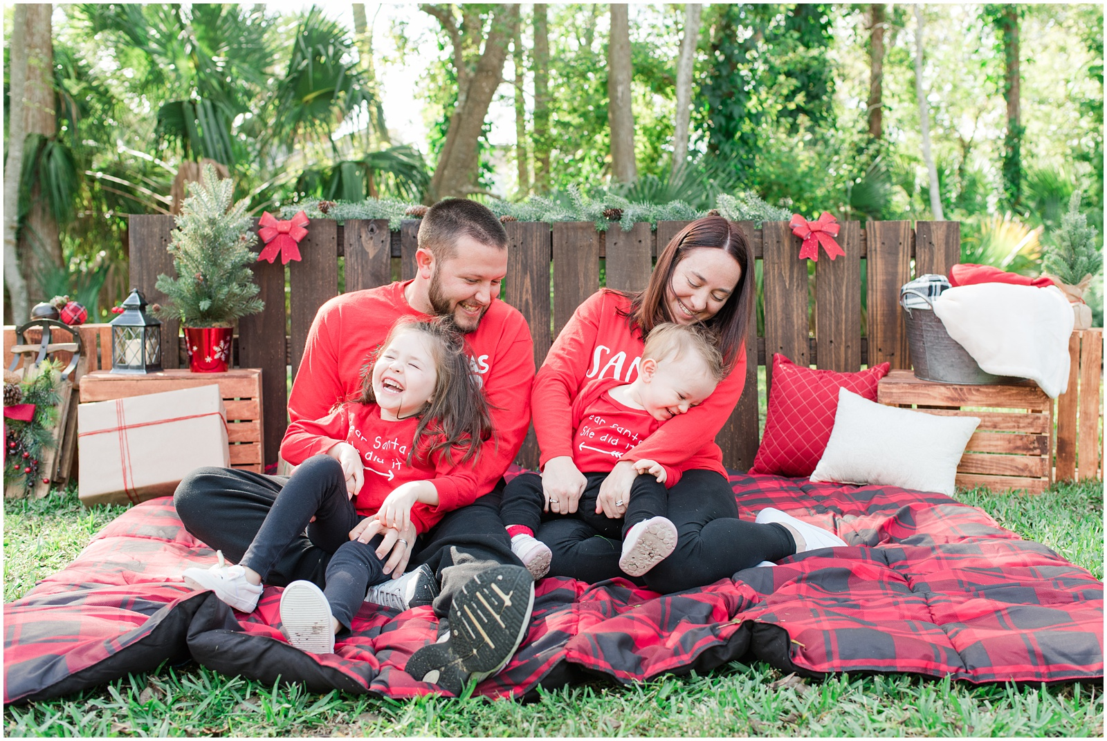 Christmas_Mini Sessions_Holidays_Howell Park_Jacksonville_Florida_19.jpg