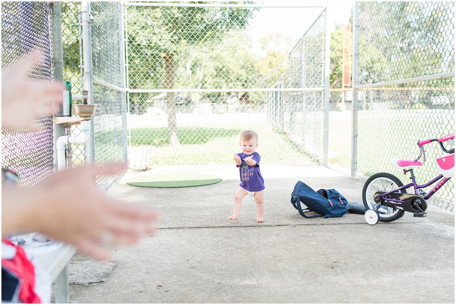 One Year_Baby_Portraits_Baseball_Field_14.jpg