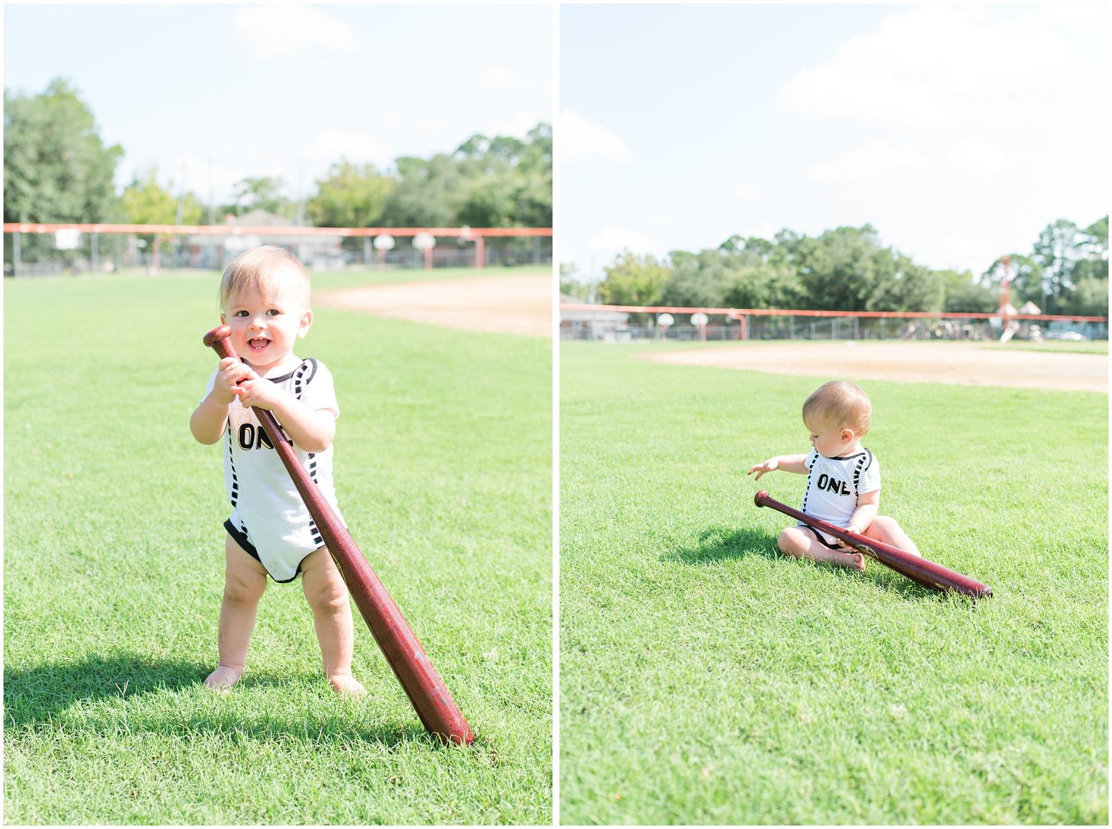One Year_Baby_Portraits_Baseball_Field_13.jpg