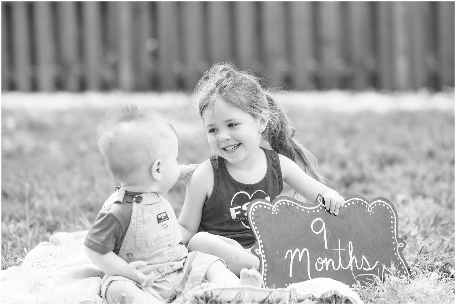 Baby_Portraits_9 Months_Family_Siblings_Growing Up_5.jpg