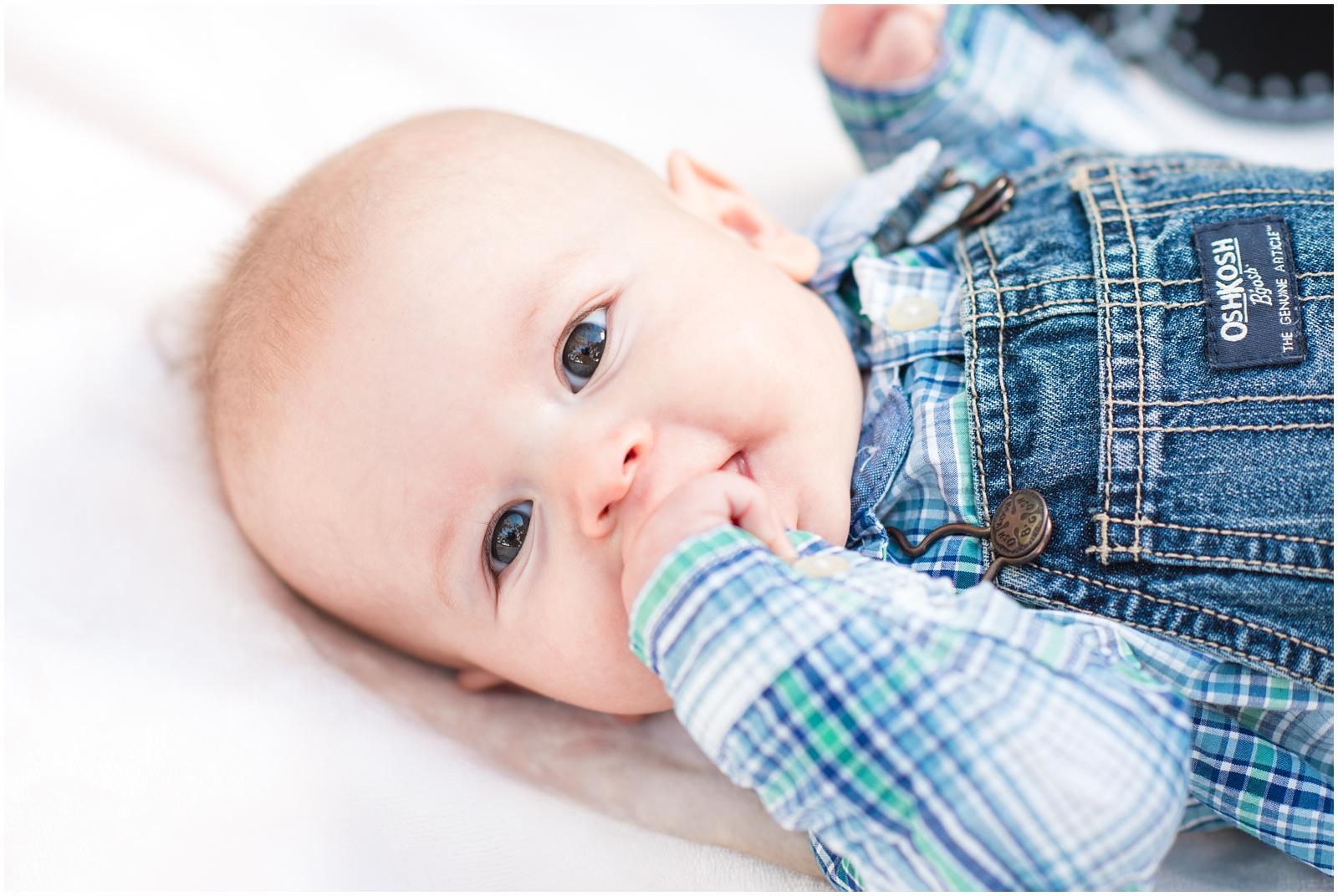 Newborn_Portraits_3 Months_Baby_Alpine Groves Park_1.jpg