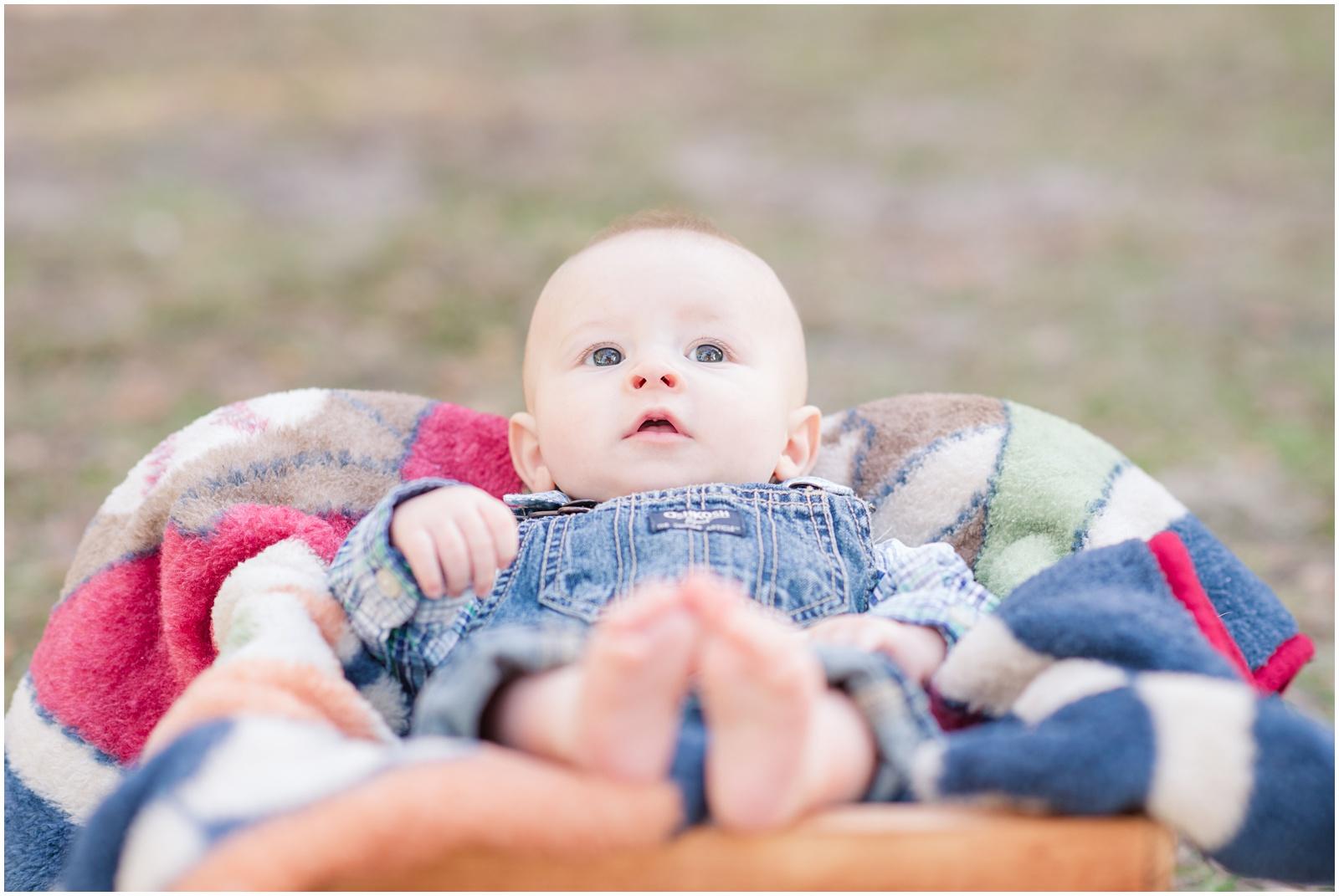 Newborn_Portraits_3 Months_Baby_Alpine Groves Park_5.jpg