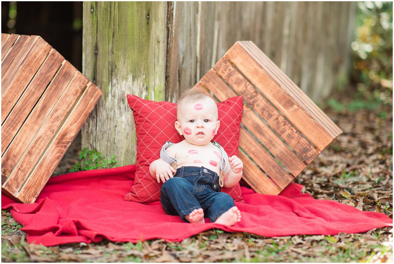 Baby_Portraits_6 Months_Valentine's Day_Walter Jones Park_11.jpg