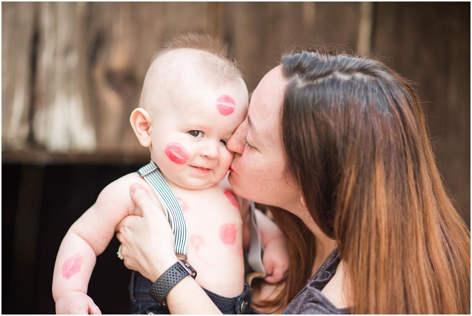 Baby_Portraits_6 Months_Valentine's Day_Walter Jones Park_15.jpg