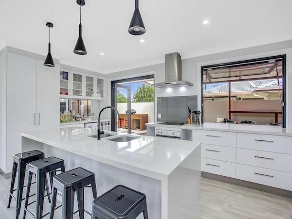 srmconstructions-gold-coast-builder-gallery-kitchens2