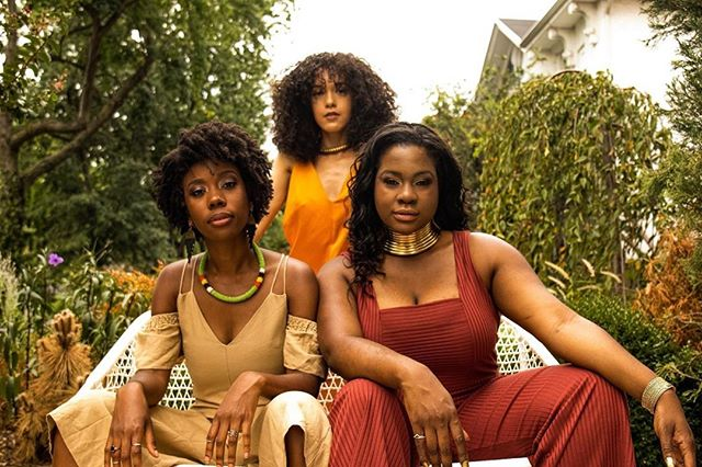 """They say sisters are your first best friends. Even if you don't have biological sisters, having a tribe of sisters to help lift you up when you're down is so needed. Read """"Sister, Sister, Even though I'm glad to be with ya."""" by Sahmia (@beingsahmiaase) for her take on sisterhood on TwentySomethinAndBlack.com. Photo cred: @ebonieg . . . . . #twentysomethin #twentysomethinandblack #twentysomethingandblack #blackgirlsrock #blackgirlswhoblog #blkcreatives #girlboss #browngirlswhoblog #myblackisbeautiful #melanin #browngirlbloggers #melaninpoppin #melanin #blackgirlmagic #christianbloggers #sisters"""
