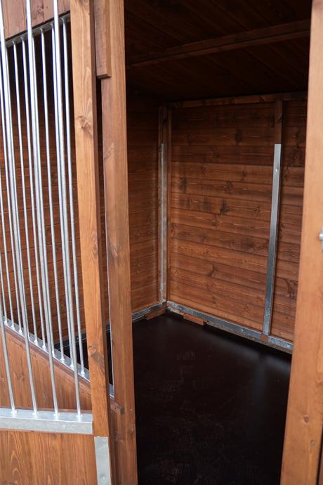 Timberbuild-KennelClub-s-3.jpg