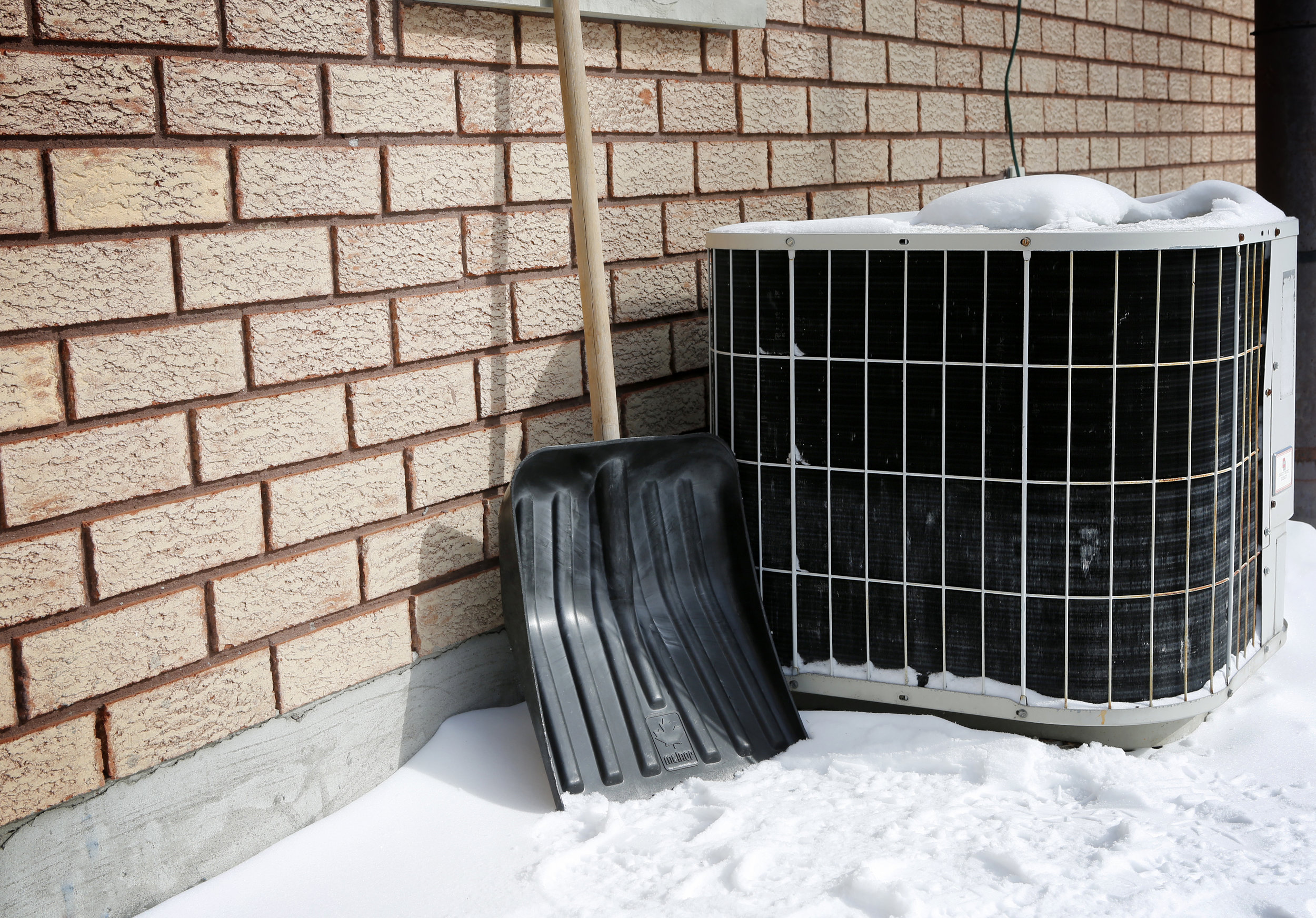 AC Repairs in Winter_iStock-465649828.jpg