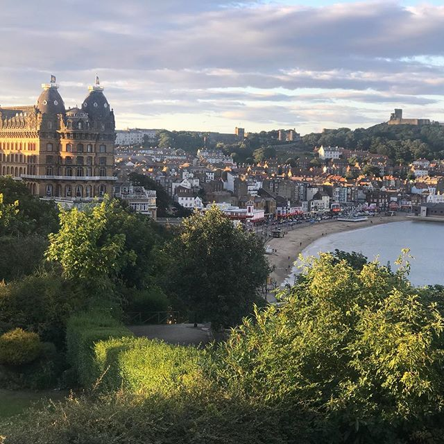 Scarborough, UK is like a real life painting.  At 10pm the seagulls are still singing accompanied by a cool breeze through the windows of our beautiful hotel by the sea.  I'm gonna sleep great tonight!