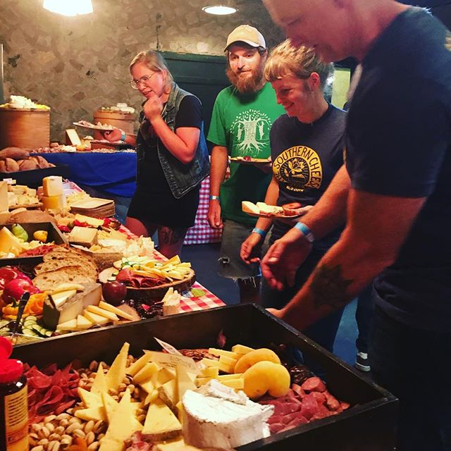Southern cheese is everywhere here at the @dzta2012 and @thecheeseletes Cider Social happening right now at @bluebeecider. #acs2019