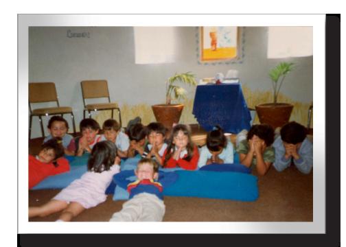 children_praying.png