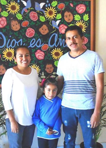 baja_reyes family.png