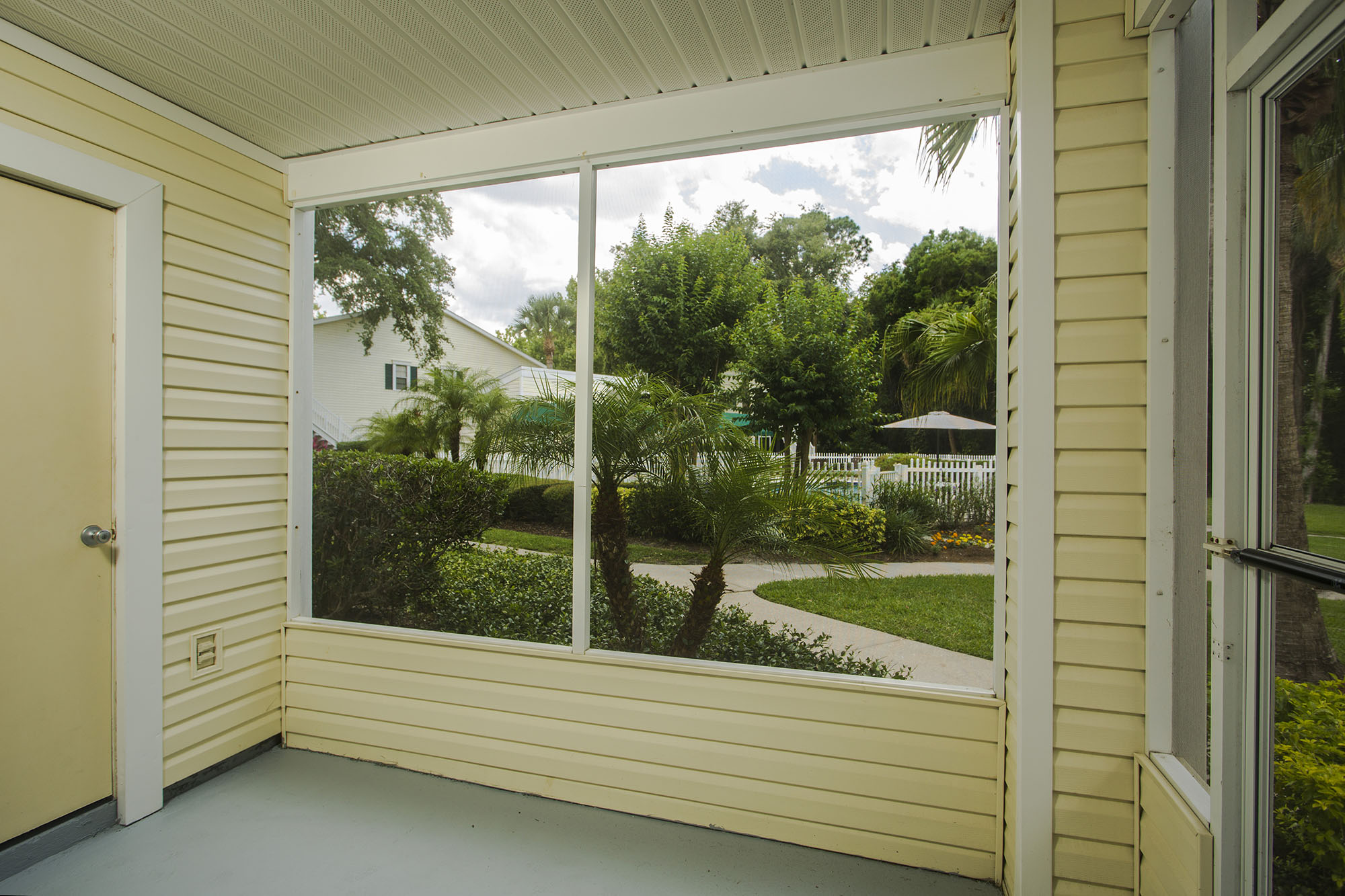 tampa-port_richey-apartment-one-bedroom-rental-two-interior-1.jpg