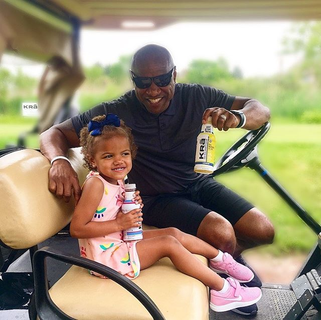 A #TBT and THANK YOU to @paytonsun for having Krā at the #JWPFoundation golf outing last week! We had a great time keeping everyone hydrated with a REAL sports drink and supporting your event - #KeepRisingAbove !• • • • • • • • • #sportsdrink #hydrate #athlete #golf #golfouting #sports #junkfreeme #healthylifestyle #nfl #nba #mlb #mls #fitness #goals #organic #thursday