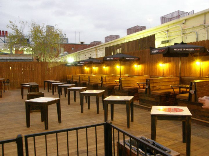 LOCATED AT: 2019 Walker St.   Sports bar near Downtown attractions offering a massive beer selection & indoor-outdoor seating.
