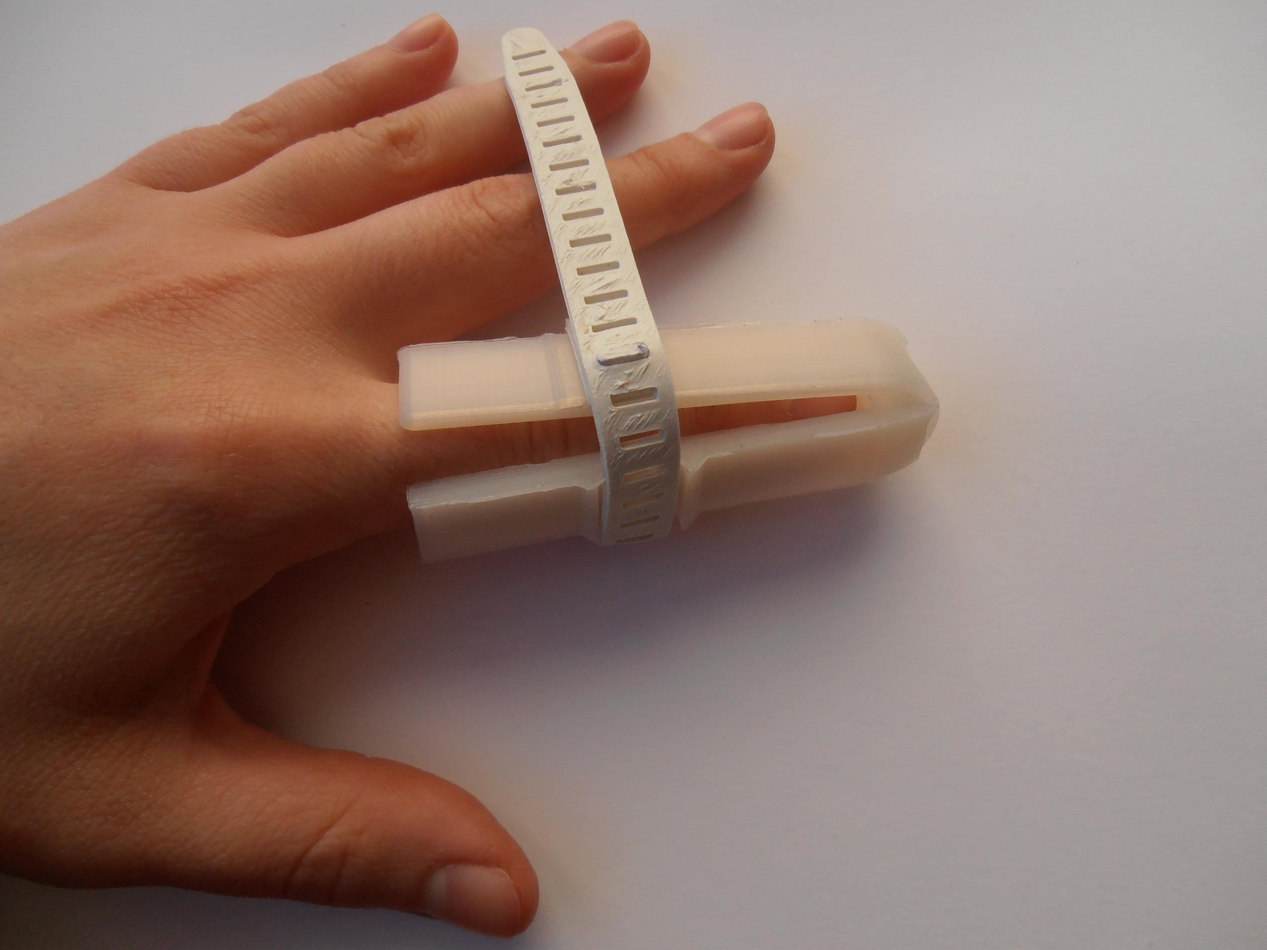 Finger Splint Kit (12).JPG