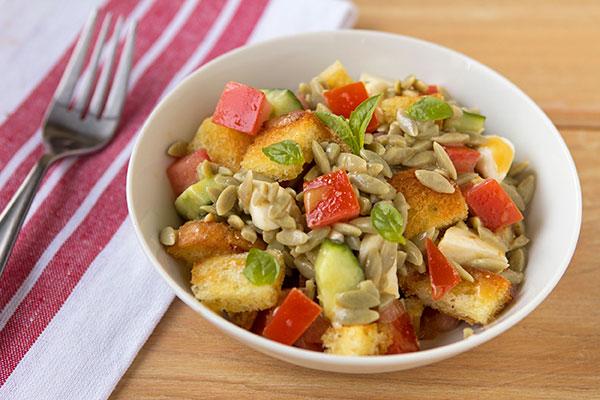 q17-panzanella-salad-with-orzo-1.jpg