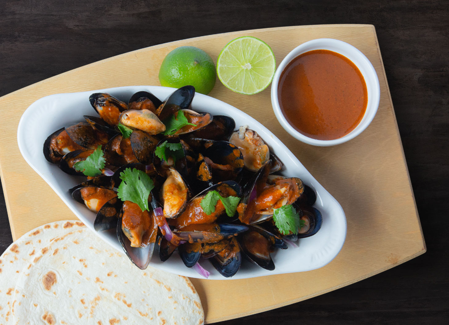h806-mussels-with-oaxacan-mole-amarillo.jpg
