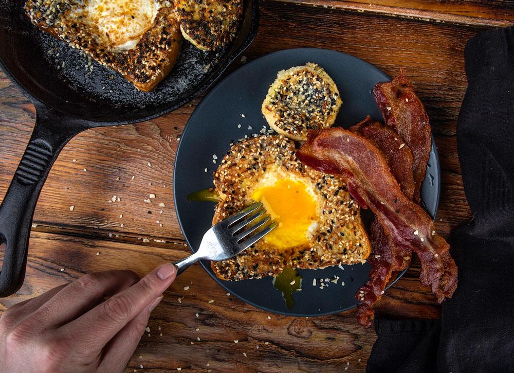 h676-egg-in-the-whole-breakfast.jpg