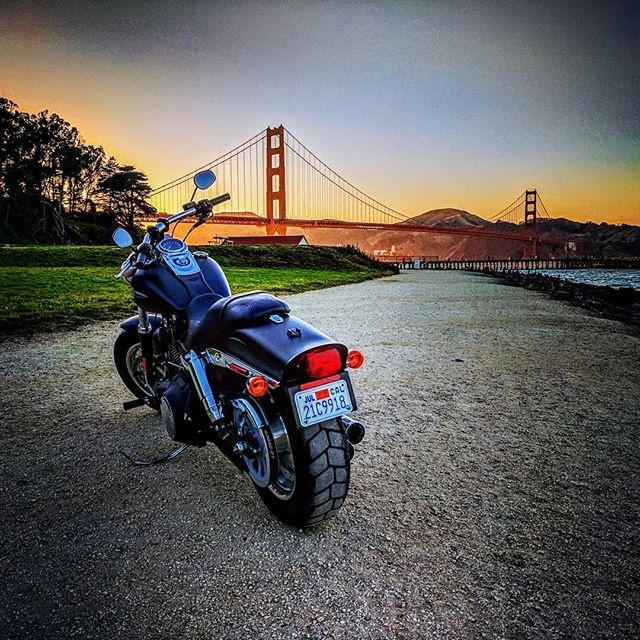Ride into the sunset ... #SLYRAWD #harleyDavidson #fatbob #fatbobs #harleyFatbob #blackHarley #motorcycle #harleylovers #harley #harleys #harleyRider #motorcyclediaries #harleyDavidsonMotorcycles #harleyLife #harleysOfInstagram #harleydavidsonnation #harley_davidson #ridetothewest #goldenstate #californialovin #california #bayarea #sanfrancisco #sfliving #photooftheday #instagood #visitsanfrancisco