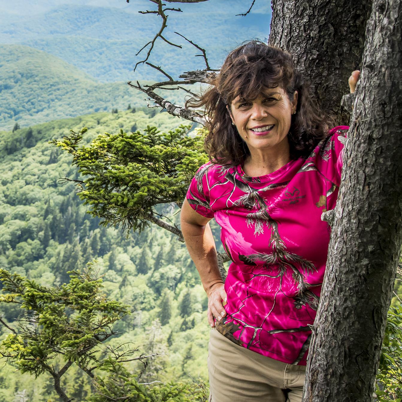 Julie Palermo  Vice President / Photographer