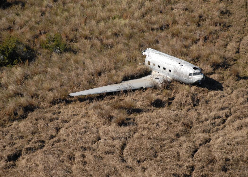 airplane wreck_0093.jpg