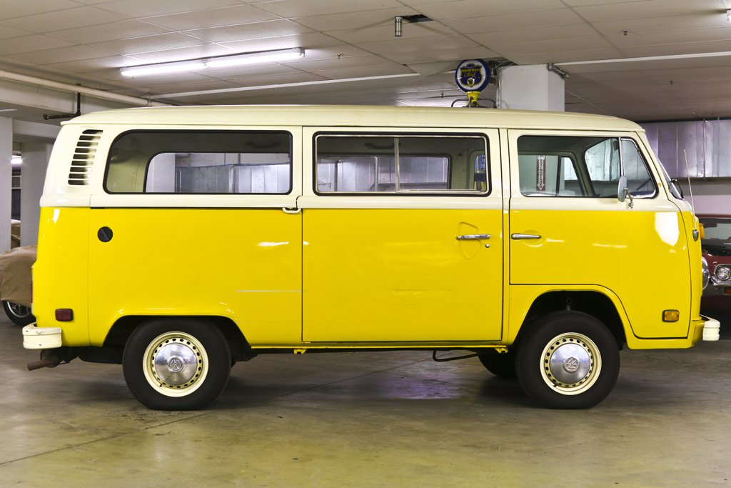 1979 Volkswagen Transporter Little Miss Sunshine 2.jpg