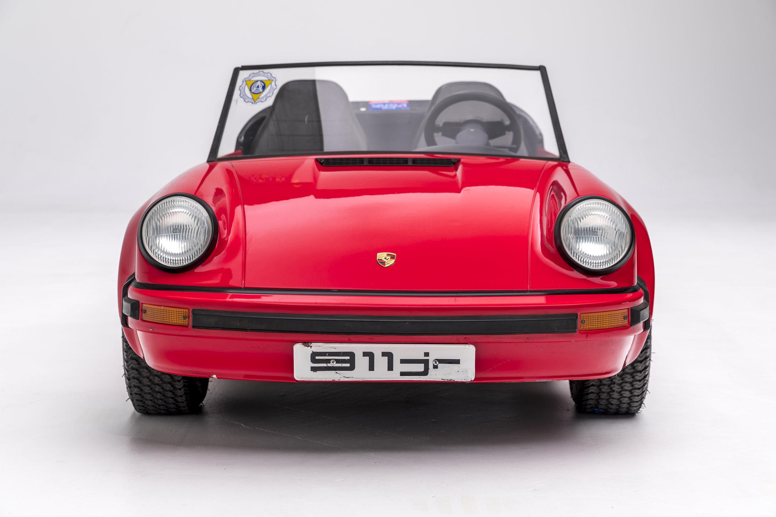 1985 Porsche 911 Jr (3).jpg