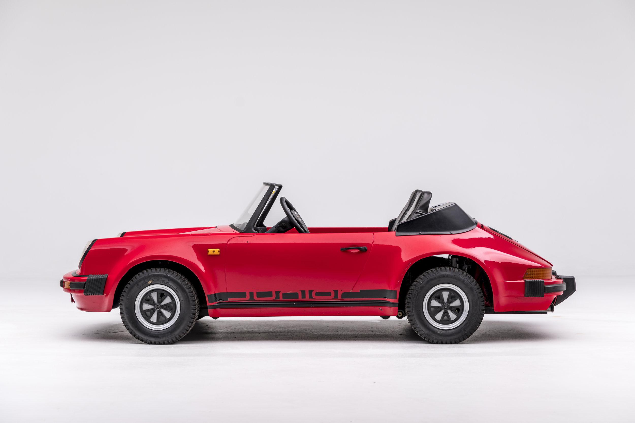 1985 Porsche 911 Jr.jpg