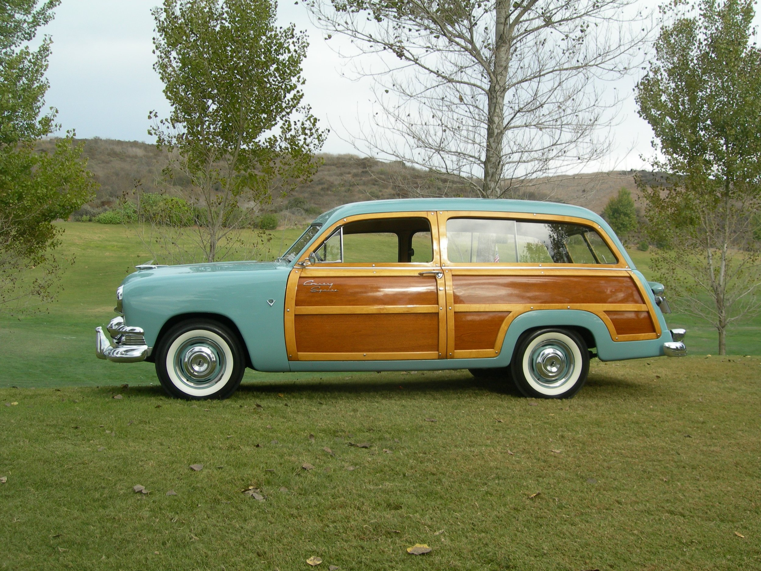 ford country squire 004.jpg