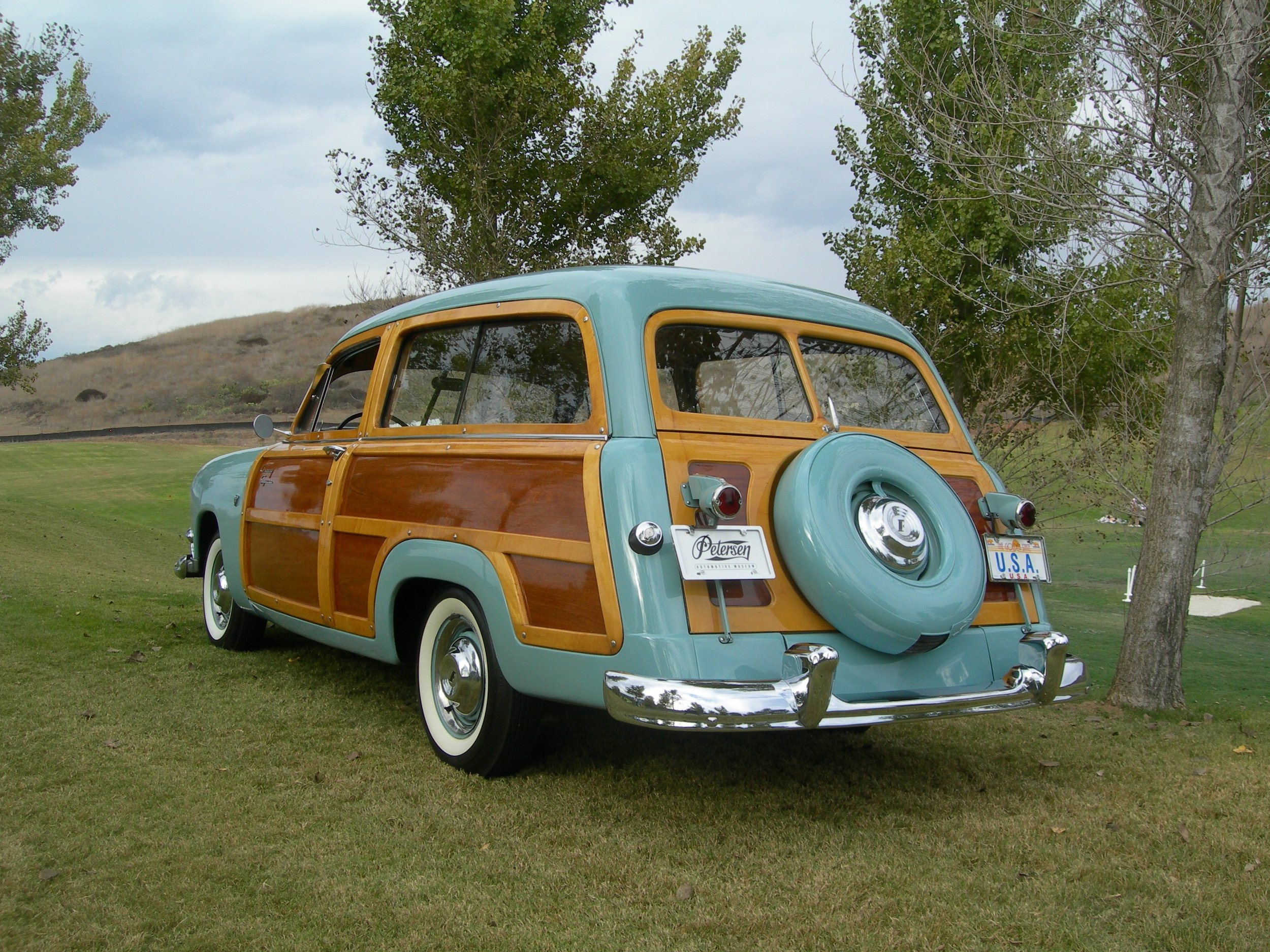 ford country squire 006.jpg