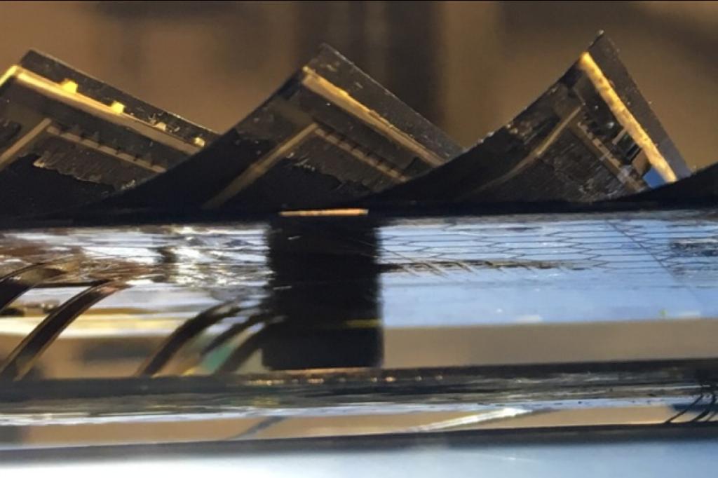 Solar cells strips
