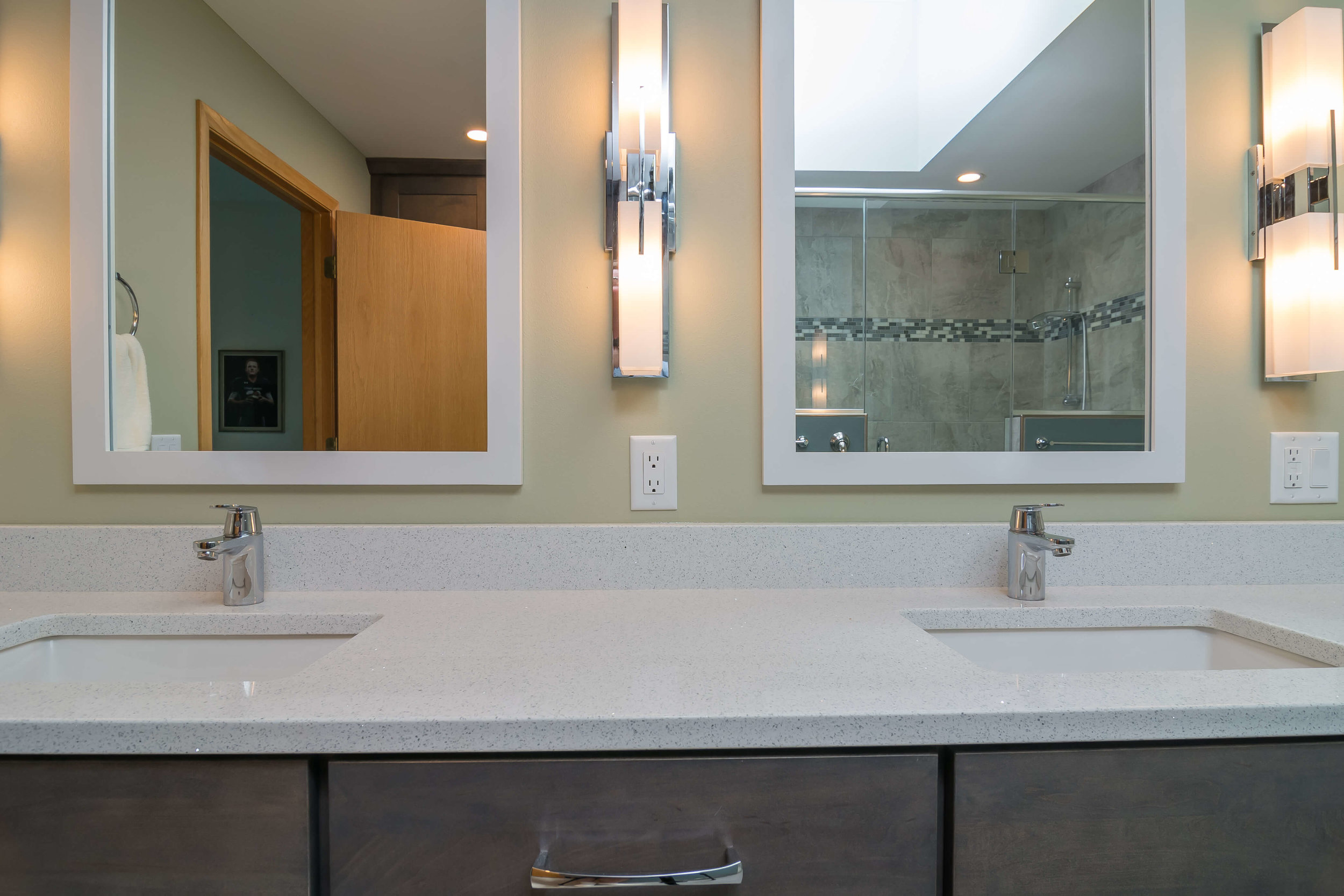 bathroom-master-suite-double-sink-remodel-Madison-Wisconsin-3.jpg