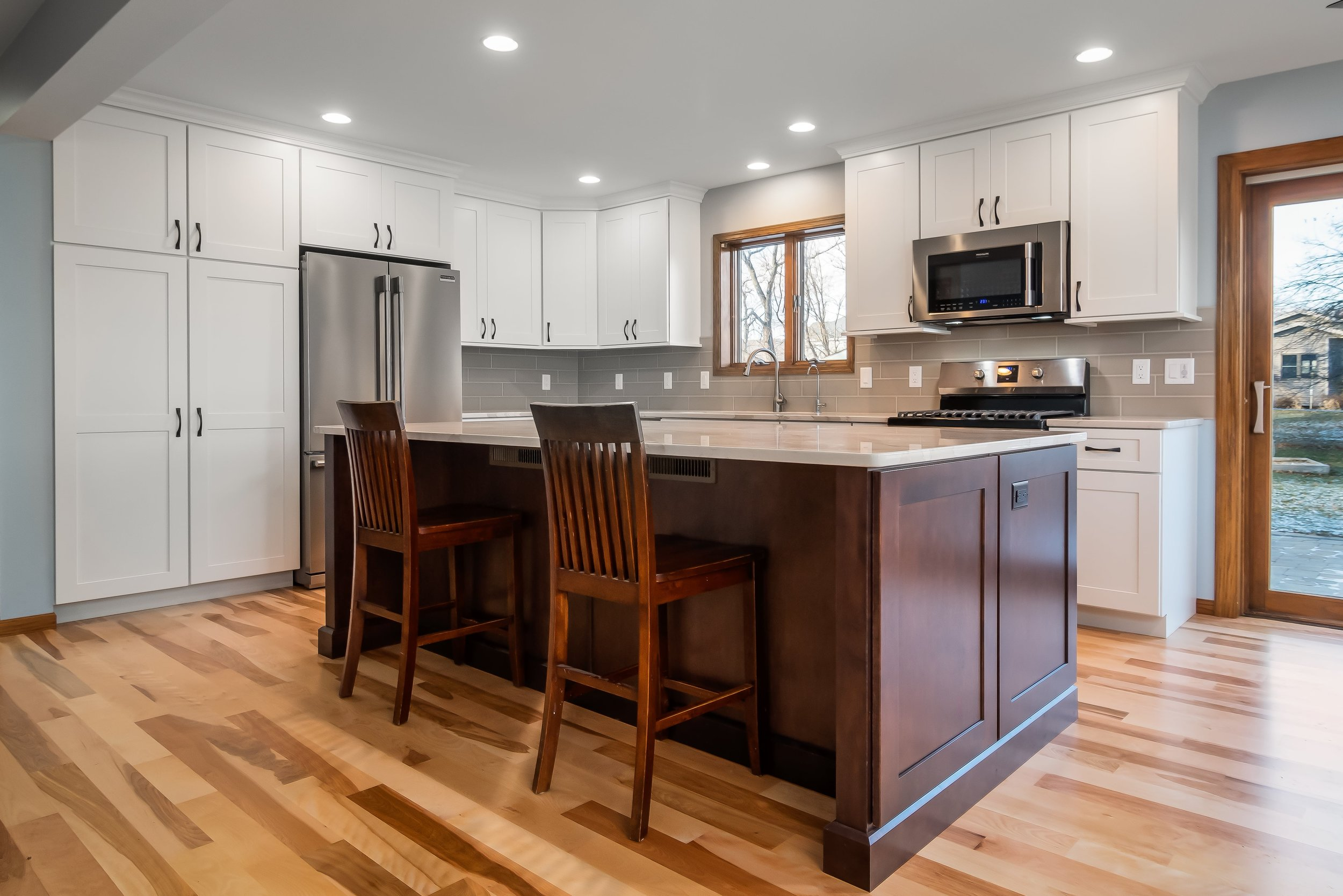kitchen-remodel-makover-hardwood-white-gray-cottage-grove-wi-2-min.jpg